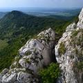A Kétágú-hegy és a Sármány-lyuk