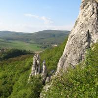 Beszédes sziklatornyok