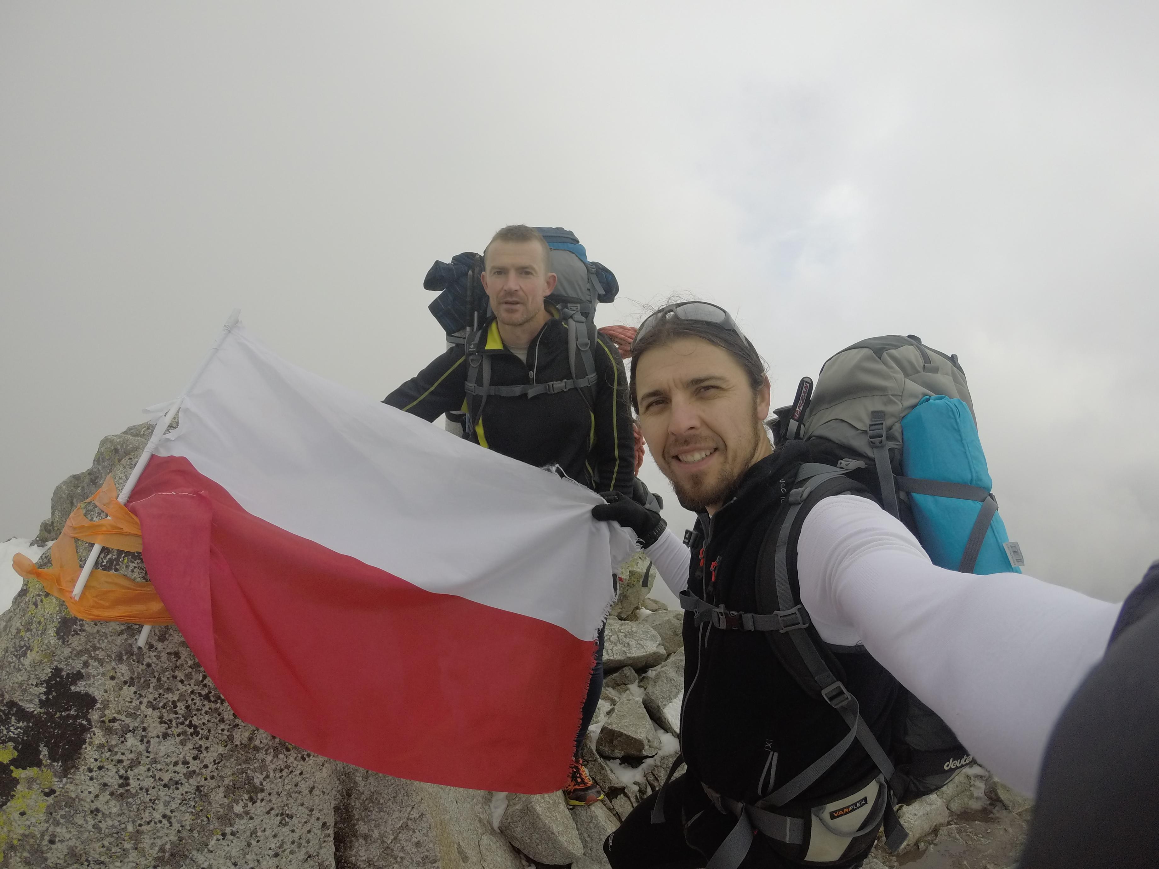 3_a_svinican_a_lengyel_zaszloval.JPG