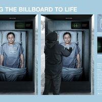 Ments életet egy buszmegállóban!