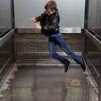 Nemezis és a libabőrös lift esete!