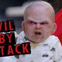 Egy kisbaba tartja rettegésben New York városát