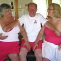 Pózolj nyugdíjasotthonban...