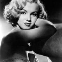 50 éve, 36 évesen távozott : Marilyn Monroe