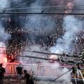 Másokat gyalázva, füstfelhőben vonulnak... + Carpathian Brigade (-mibe kerül ez nekünk?)