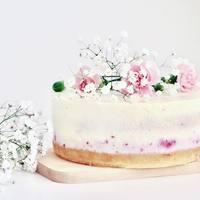 Sütik és a torták is, hihetetlen virágokkal pompáznak