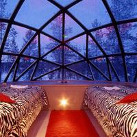menjünk jégbe? :)))  Hotel Kakslauttanen Finnország