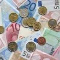 """Bloomberg:""""Egy magyar bírálja az eurót, hogy többet kapjon belőle"""" (Varga, Matolcsy és Dobozi) esemény, hír gyűjtemény"""