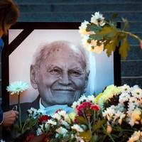 Nem államfőnek járó temetést kap Göncz Árpád - In memoriam Göncz Árpád