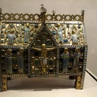 A legértékesebb tárgyak a Metropolitan és a Cariói Museumban