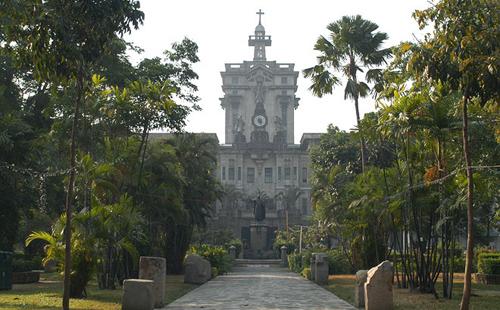9.-Main-Building-University-of-Santo-Tomas-Philippines-GÇô-169-feet.jpg