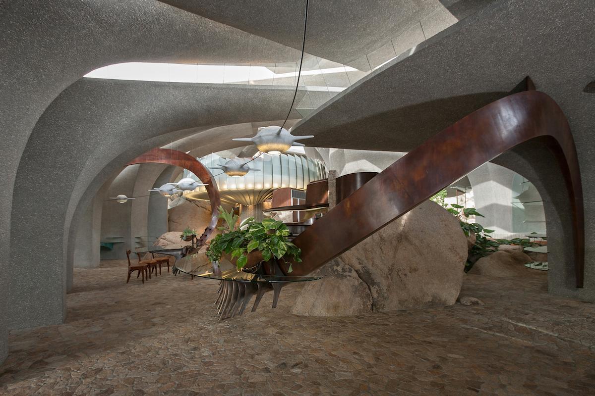 kendrick-bangs-kellogg-doolittle-house-16-foyer-5-ph_lance-gerber.jpg