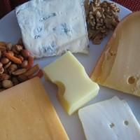Tuti sajtok Pécsett