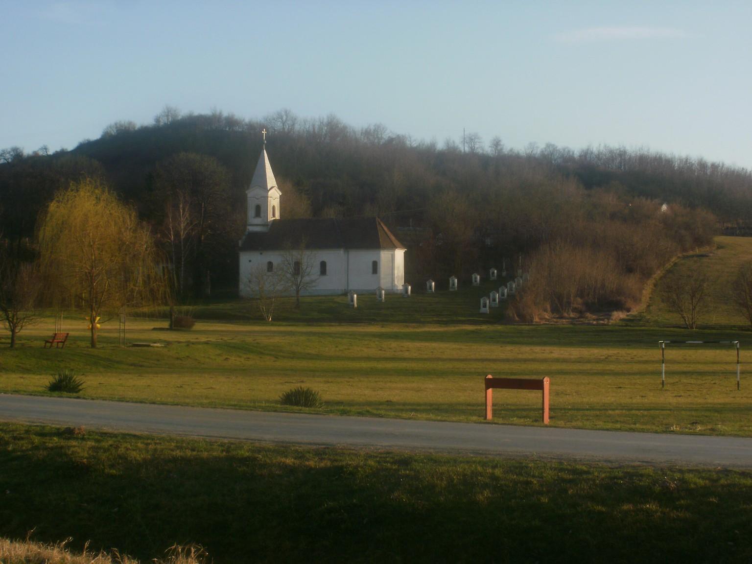 Nagyboldogasszony templom és kálvária
