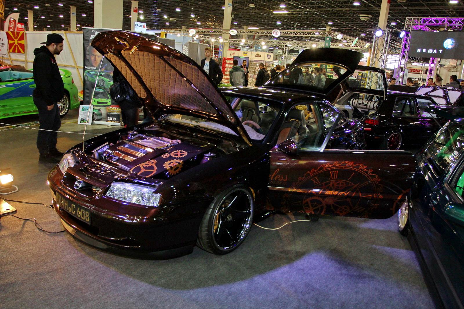 Már alig maradt Opel Calibra