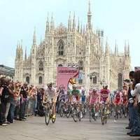 Szelíd kerekesek (mindenki megállt és tiltakozott, Giro, Milano show 100)