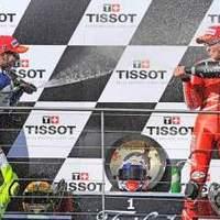 Ausztráliában Stoner az úr, Rossi a világbajnok (moto gp)