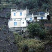 Tragikus földcsuszamlások Szicíliában