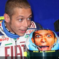 Rossi elhúzott