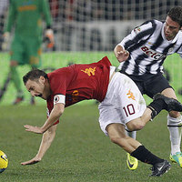 A Juventus pontot szerzett Rómában, visszaállt az élre