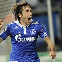 Kettős győzelemmel a Schalke búcsúztatta a címvédő Intert
