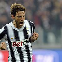 Dráma után Marchisio negyeddöntőbe lőtte a Juvét