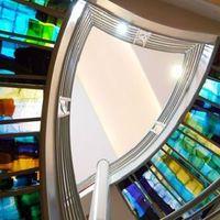 Telitalppal színeken lépkedni...