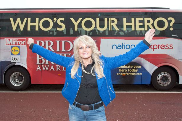 Welsh-singer-Bonnie-Tyler-pictured-with-the-Daily-Mirror-Pride-of-Britain-1946268.jpg