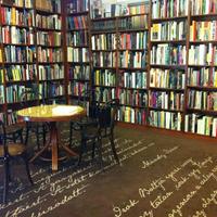 Tanulságos eset egy könyvbemutatóról. Meddig mehetünk el?