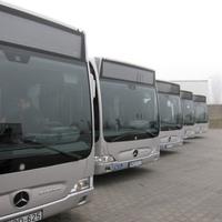 Átadták az első kecskeméti hibrid buszokat