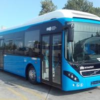 Két év is kevés volt a BKV-nak, hogy forgalomba állítsa hibrid buszait