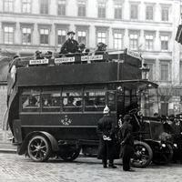Százéves a budapesti buszközlekedés