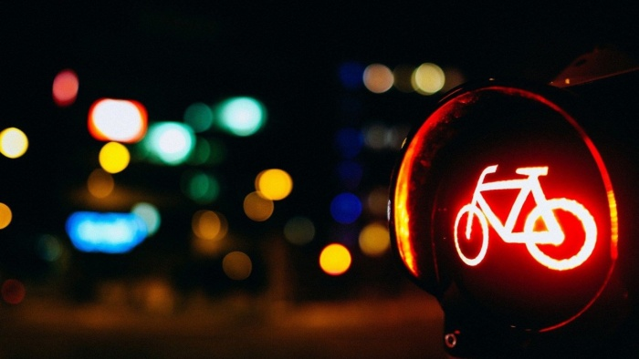 sign-bicycle-red-light.jpg