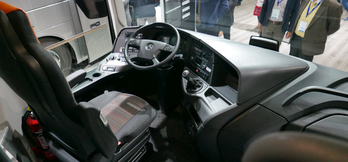 Mercedes Tourismo.