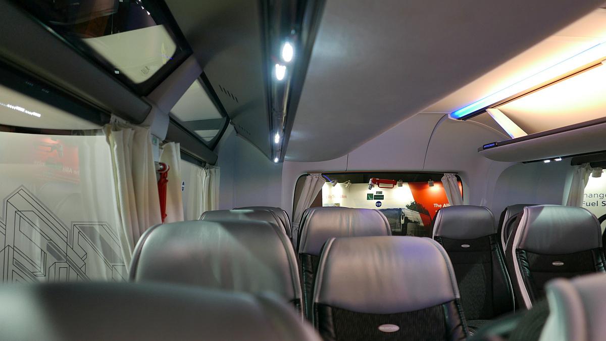 Neoplan Skyliner