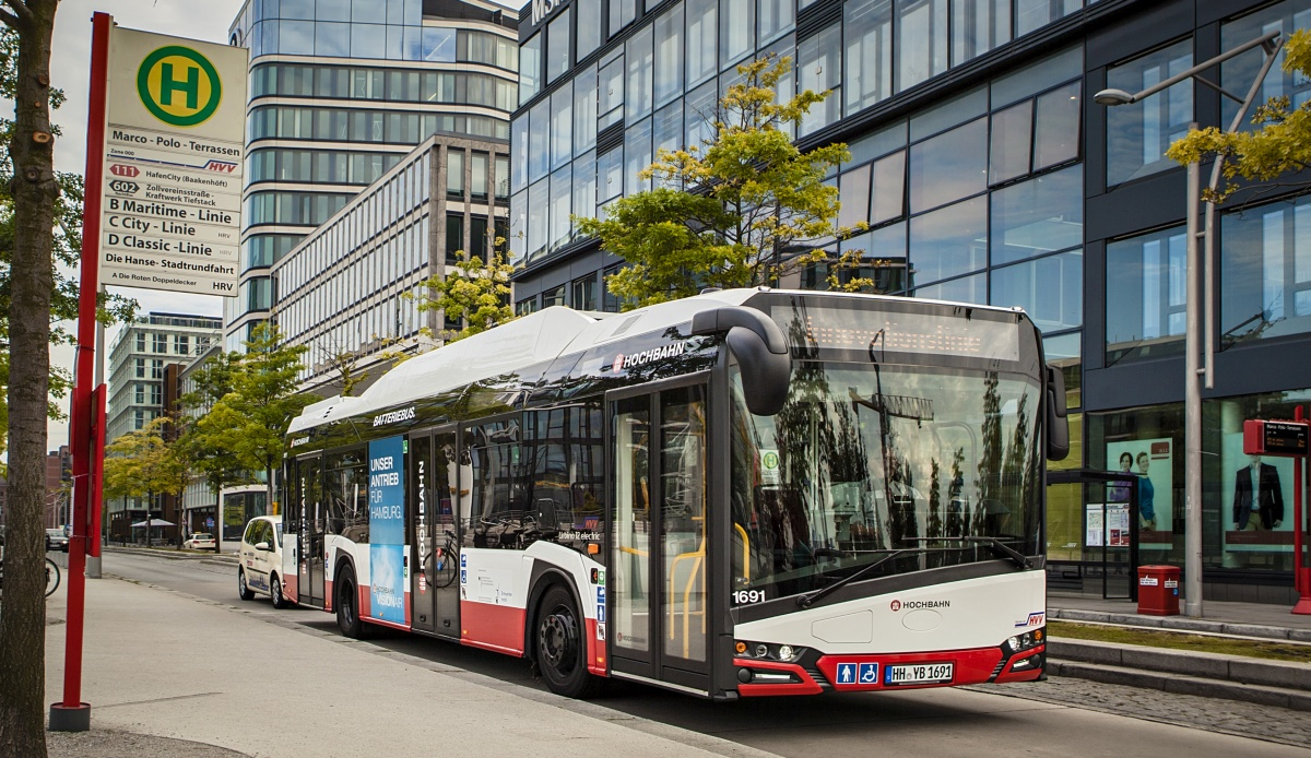 new_solaris_urbino_12_electric_hochbahn_hamburg.jpg
