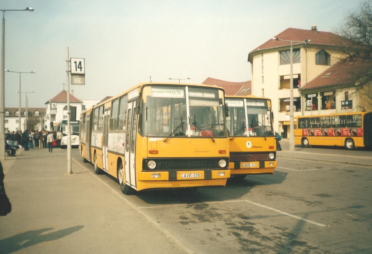 Autóbuszállomás, 2002