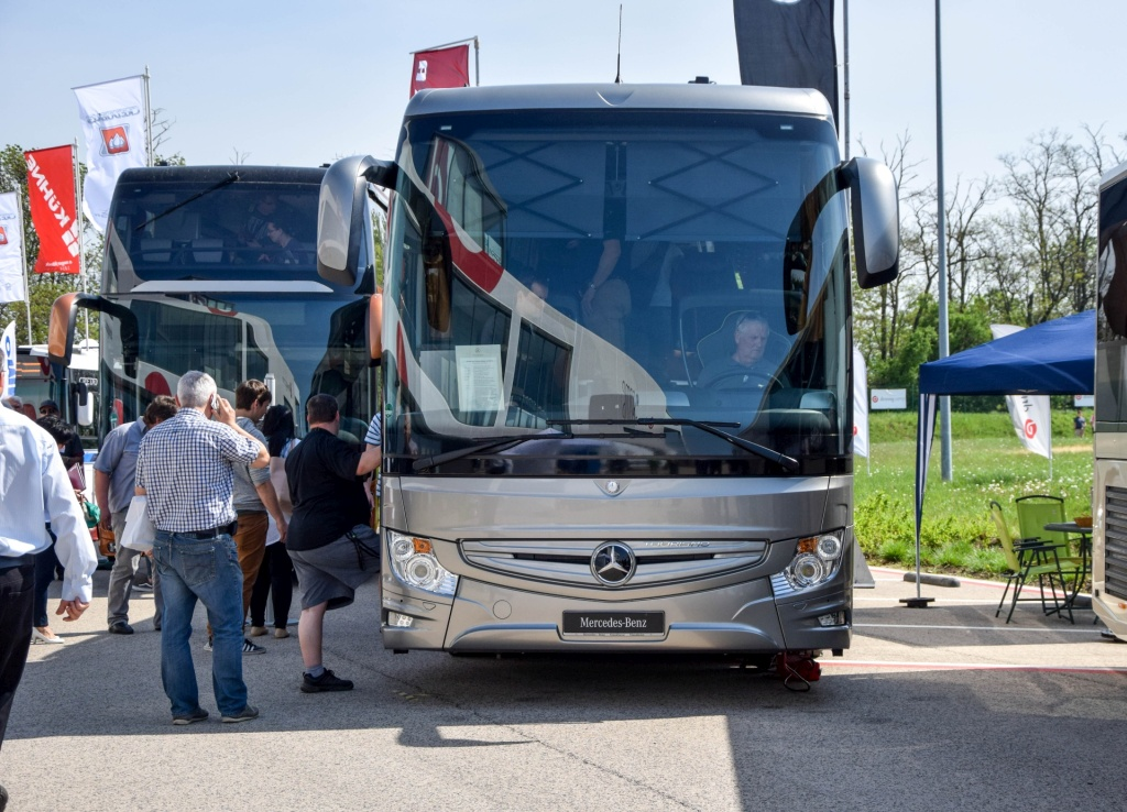 Mercedes-Benz Tourismo