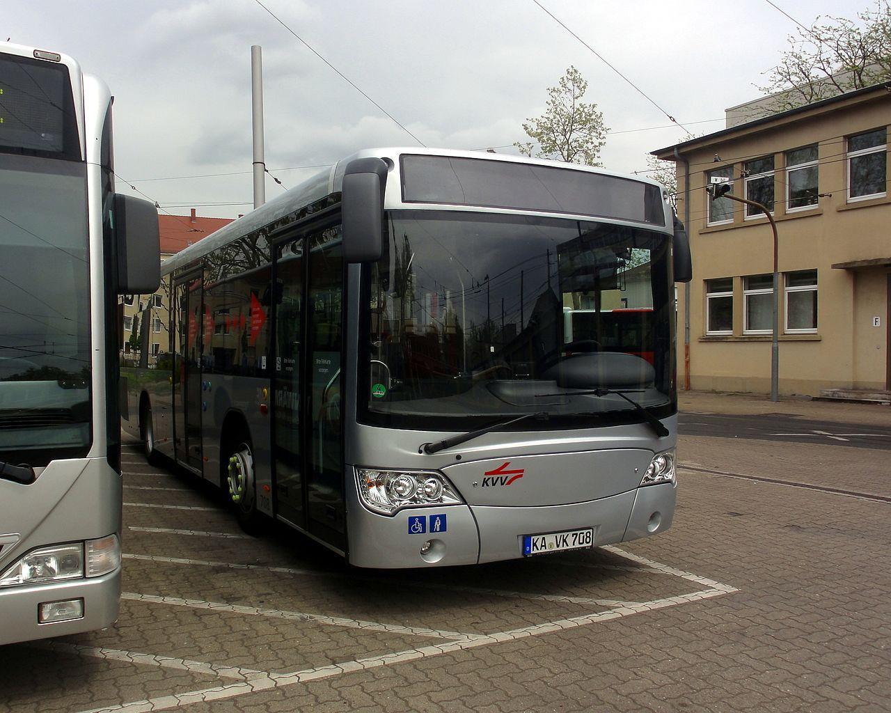 vbk708_vorne_rechts.jpg