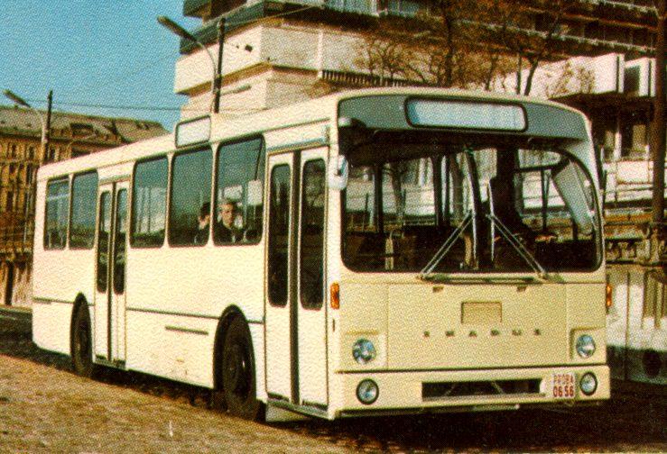 190-02.JPG