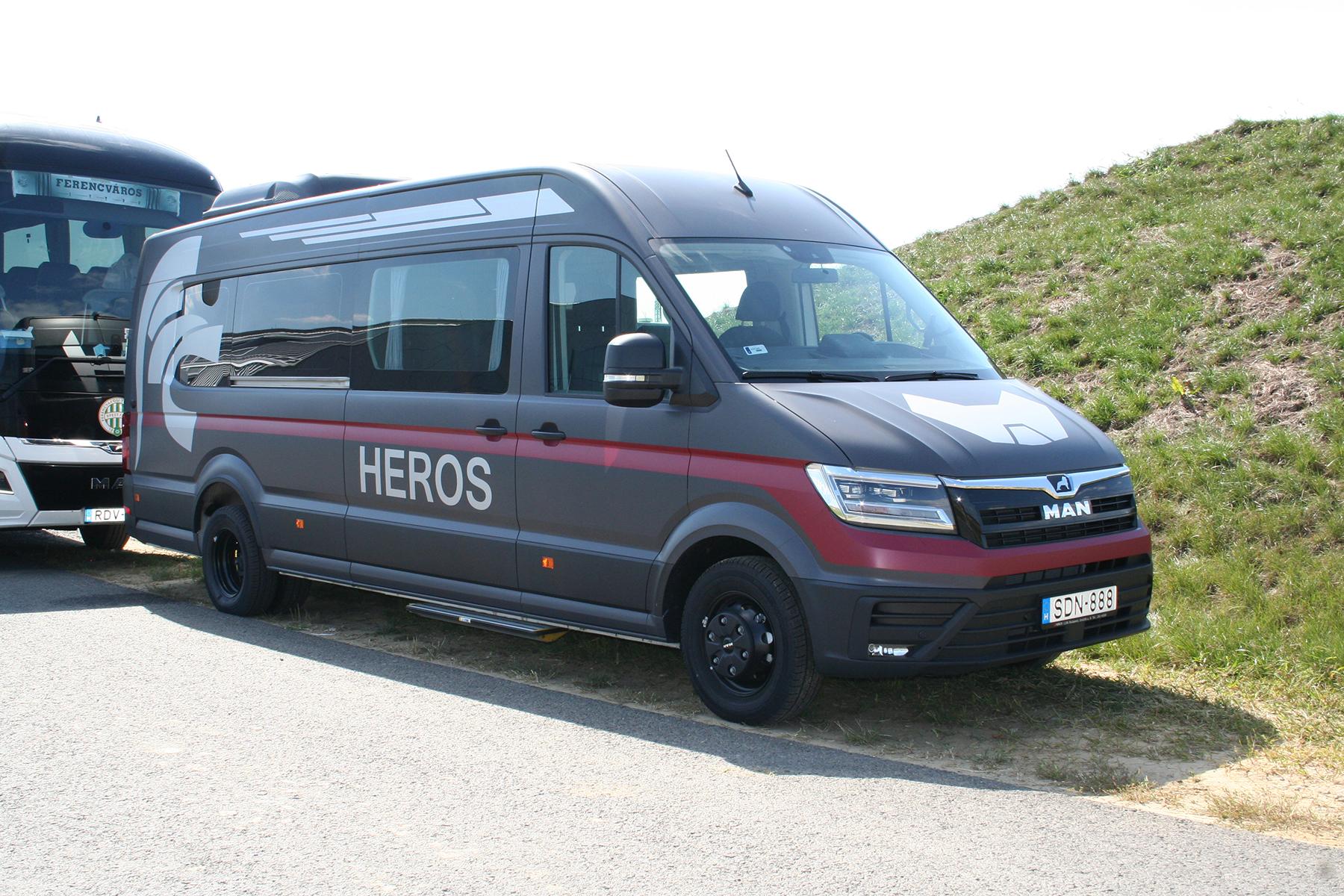 heros_5.jpg