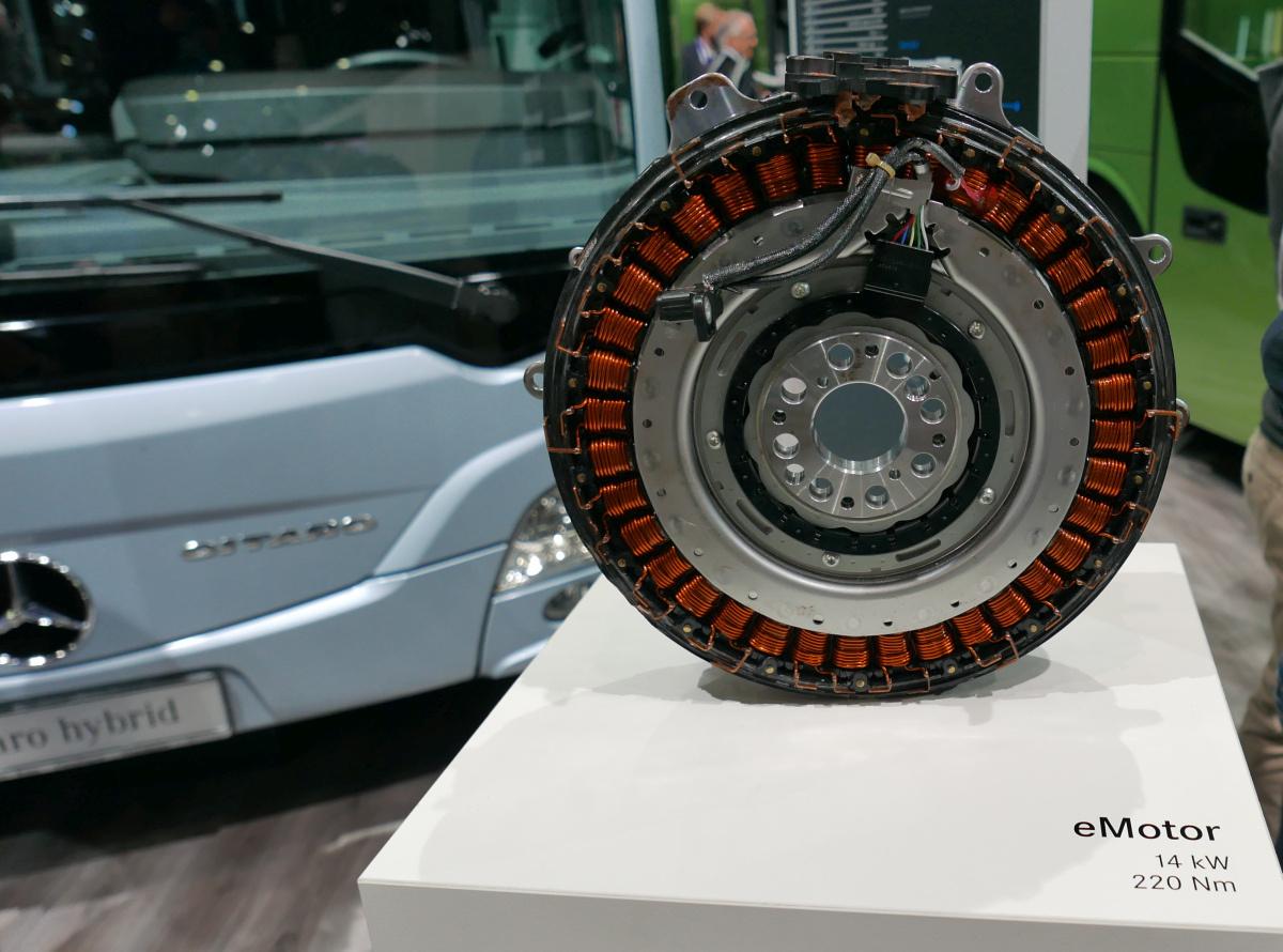 Mercedes Citaro Hybrid. A pici elektromos motor.