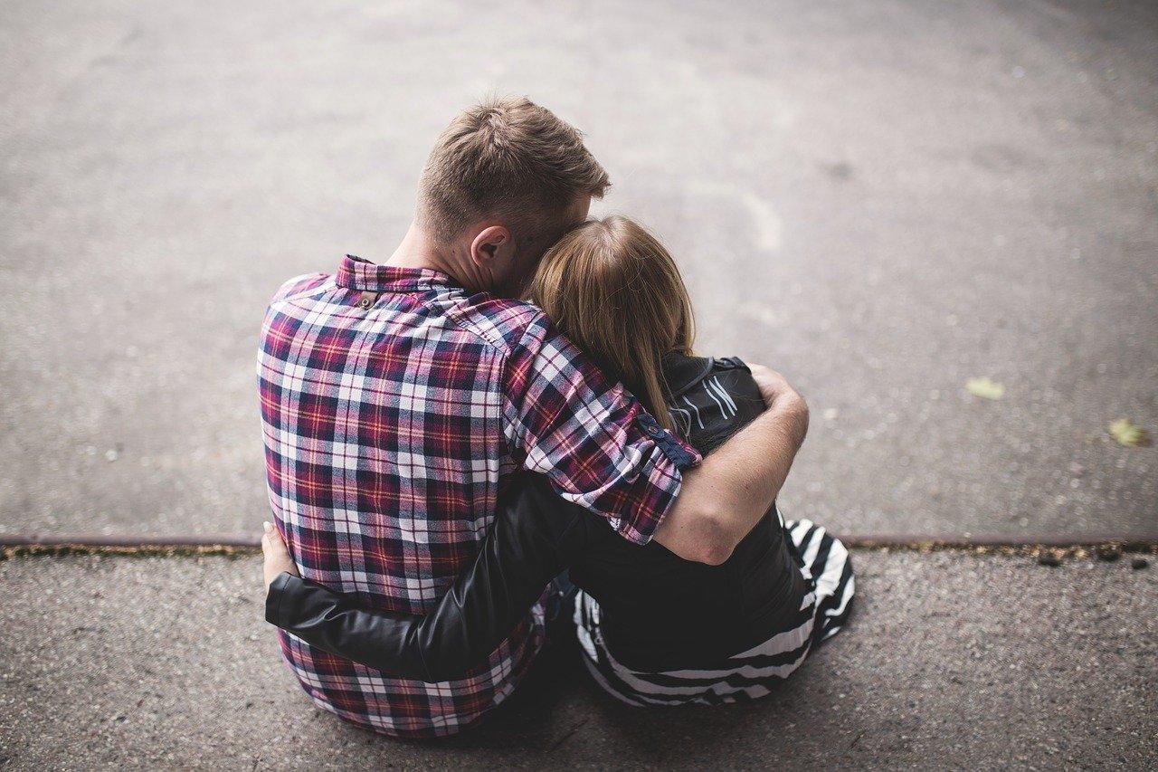 couple-1853996_1280.jpg