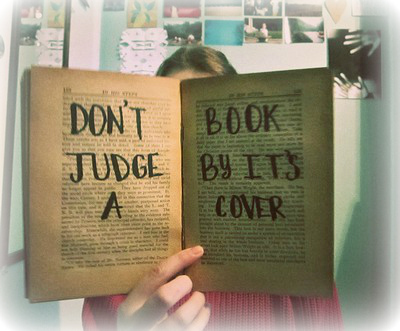 Angol idiómák - Don't judge a book by its cover