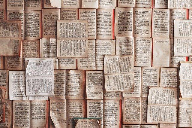 books-1245690_640.jpg