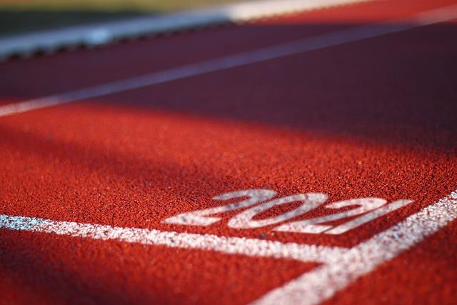 oval-track-5642747_640.jpg