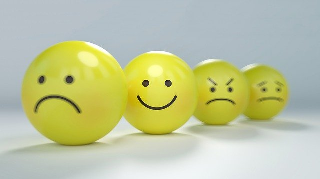 smiley-2979107_640.jpg