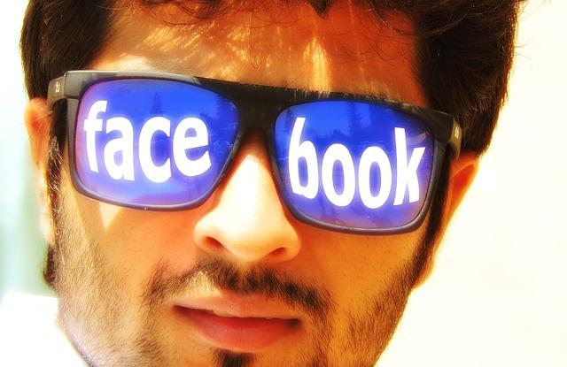 social-media-407740_640.jpg