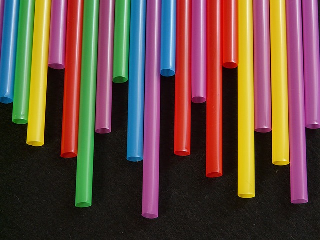 straws-8001_640.jpg