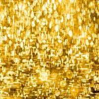 Az Aranykor Kapujában - A Globális És Itthoni Helyzet Áttekintése